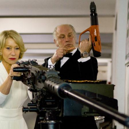 Helen Mirren v filmu Upokojeni, oboroženi, nevarni (RED)