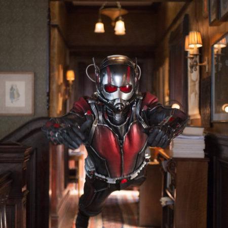 Film Ant-Man s Paulom Ruddom.