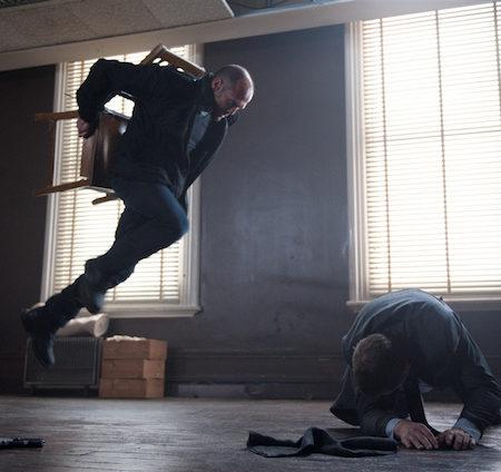 Jason Statham v filmu Morilska elita.