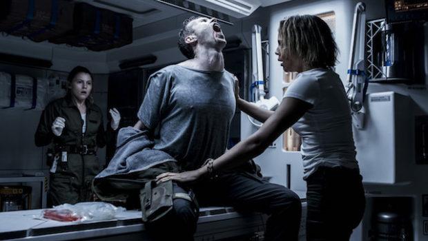 Scena iz filma Osmi potnik: Zaveza.