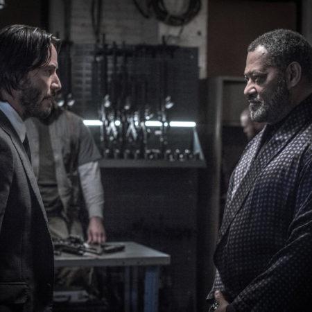 Keanu Reeves in Laurence Fishburne v filmu John Wick 2.