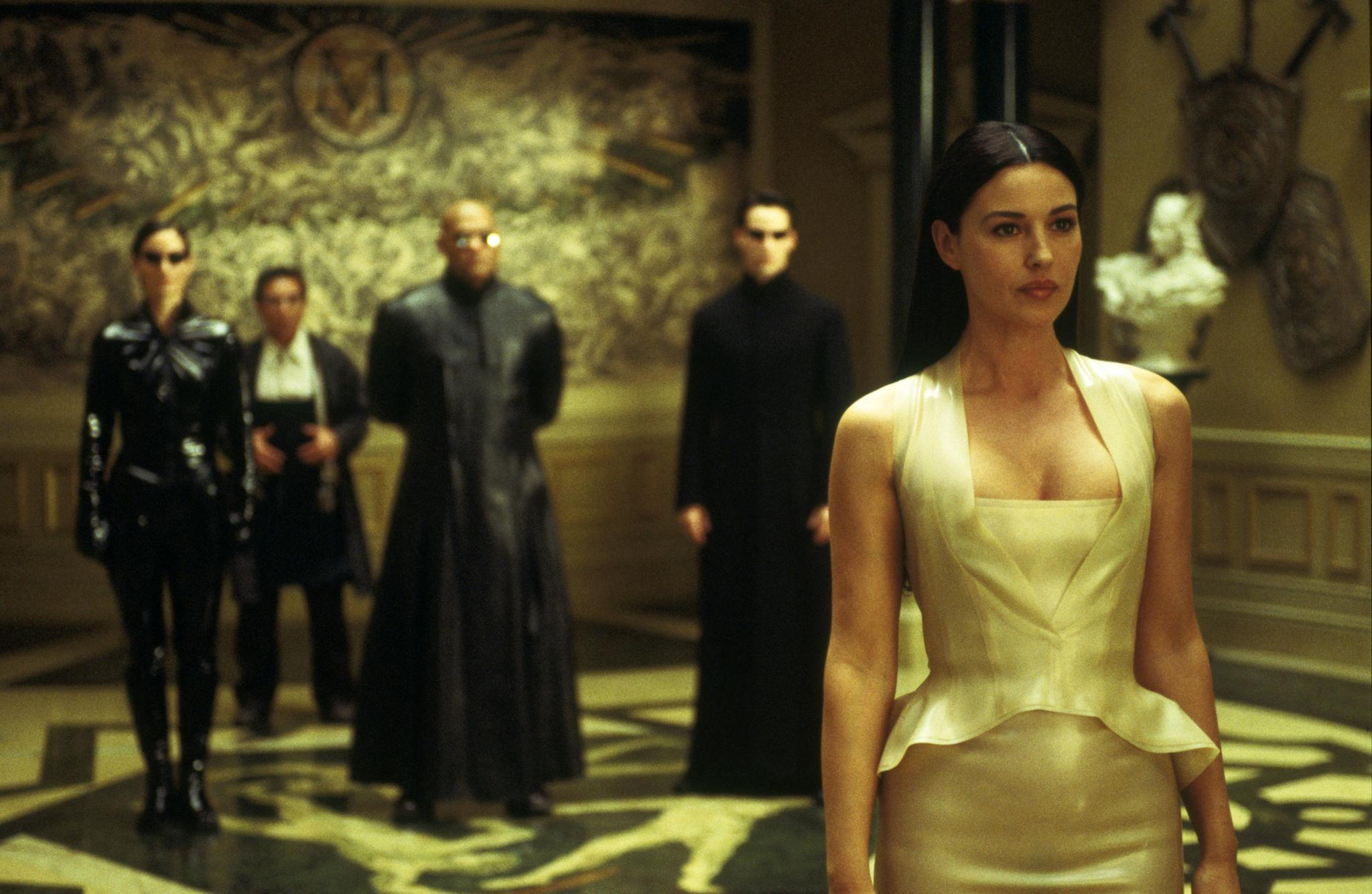 Monica Bellucci v filmu Matrica.