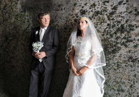 Emir Kusturica in Monica Bellucci v filmu Na mlečni poti.